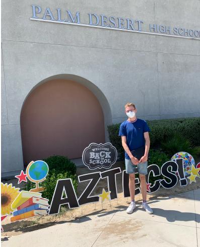 Jonas vor seiner Highschool