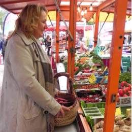 30.05.2013 - Kerstin Tack setzt Besuche der Marktplätze im Wahlkreis fort